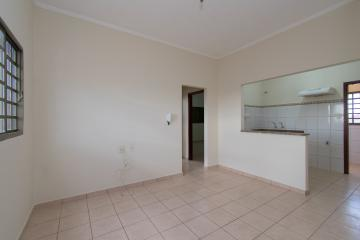 Alugar Apartamento / Padrão em Franca R$ 700,00 - Foto 3