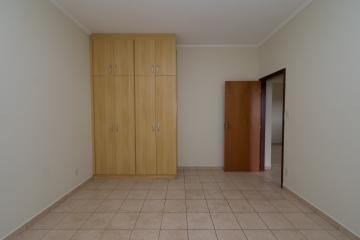Alugar Apartamento / Padrão em Franca R$ 700,00 - Foto 8