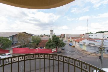 Alugar Apartamento / Padrão em Franca R$ 700,00 - Foto 10