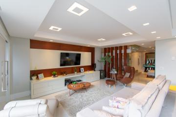 Comprar Apartamento / Cobertura em Franca R$ 1.575.000,00 - Foto 2