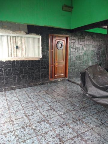 Alugar Casa / Bairro em Franca. apenas R$ 190.000,00