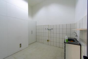 Alugar Comercial / Prédio em Franca R$ 4.500,00 - Foto 9