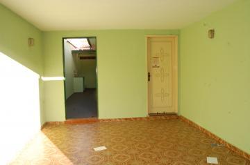 Casa / Padrão em Franca , Comprar por R$320.000,00
