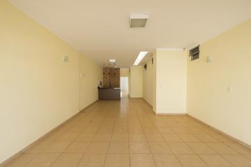 Comprar Casa / Bairro em Franca R$ 550.000,00 - Foto 4