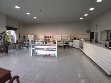 Alugar Comercial / Galpão em Franca. apenas R$ 630.000,00