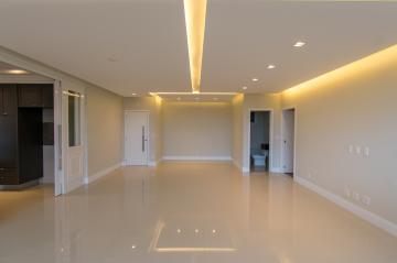 Comprar Apartamento / Padrão em Franca - Foto 2