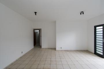 Alugar Apartamento / Padrão em Franca R$ 830,00 - Foto 2